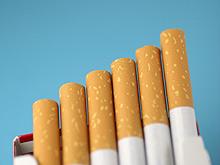 Депутаты от «Единой России» предложили ввести запрет на продажу больше 20 сигарет в одной пачке