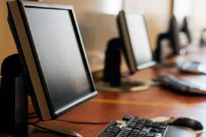 Общественные компьютеры распространяют инфекции
