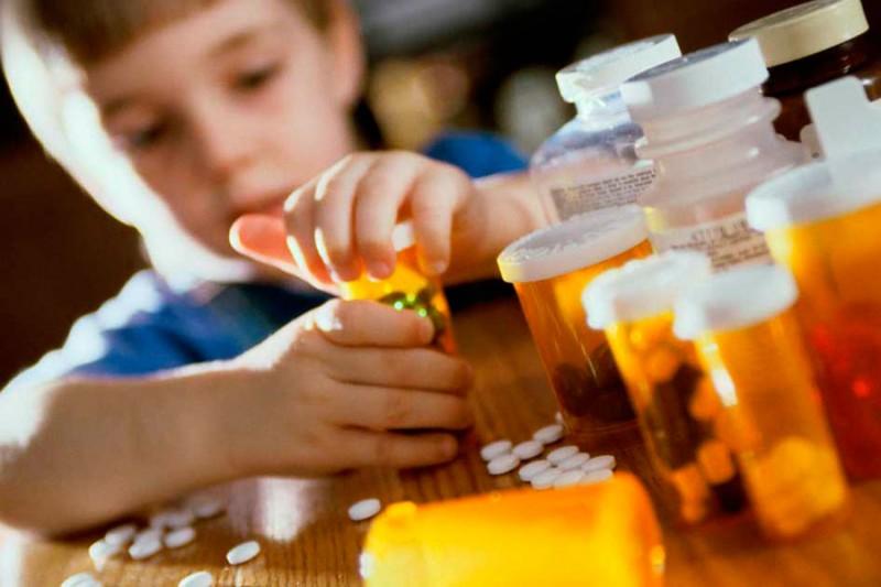 Прием антибиотиков в детстве приводит к аллергии