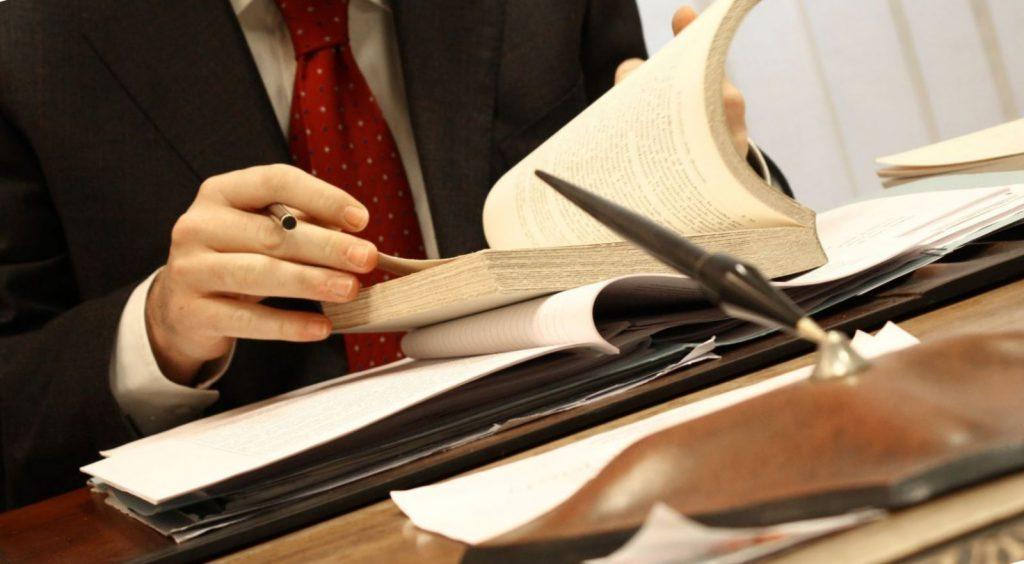 зачем нужны услуги юриста собственного спокойствия