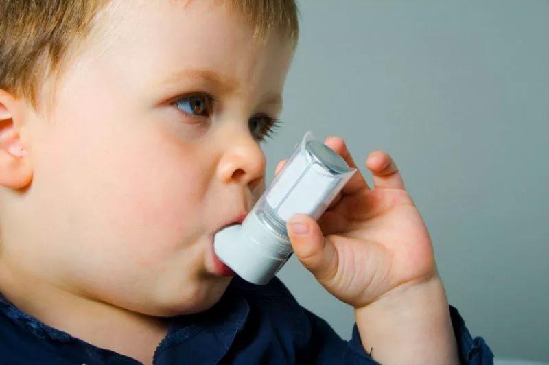 Парацетамол в разы повышает риск развития астмы и аллергии у подростков