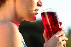 Клюквенный сок снижает риск развития инфекций мочевых путей