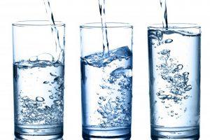 Названы инфекции, которые содержатся в неочищенной водопроводной воде