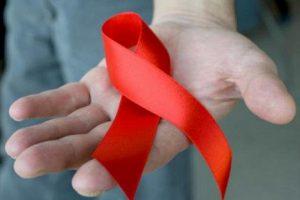 «Спустилась с крыши ради сына». Истории 4 воронежцев, живущих с ВИЧ-статусом