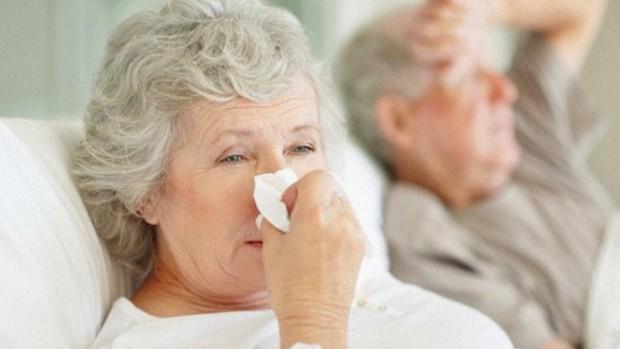 Специалисты рассказали, почему грипп может быть смертельно опасным для пожилых людей