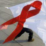 Вирусологи из ЮАР выявили антитело, способное «взломать» защитный код ВИЧ