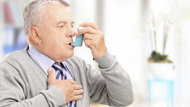 Специалисты разработали карманный прибор для предупреждения приступов астмы
