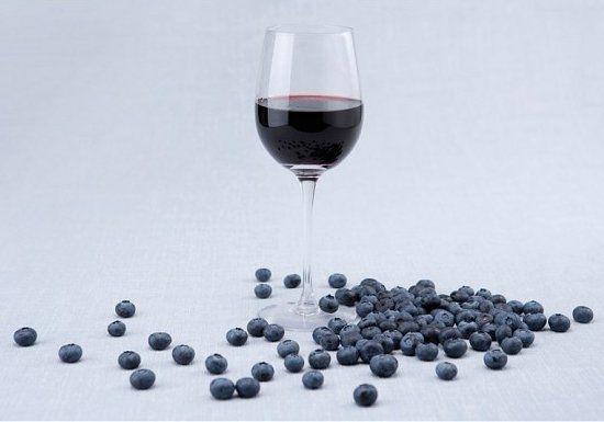 Красное вино и черника повышают иммунитет
