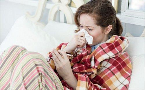 Нехватка сна названа главной причиной простуды