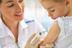 Информация о вызывающих аутизм прививках официально опровергнута