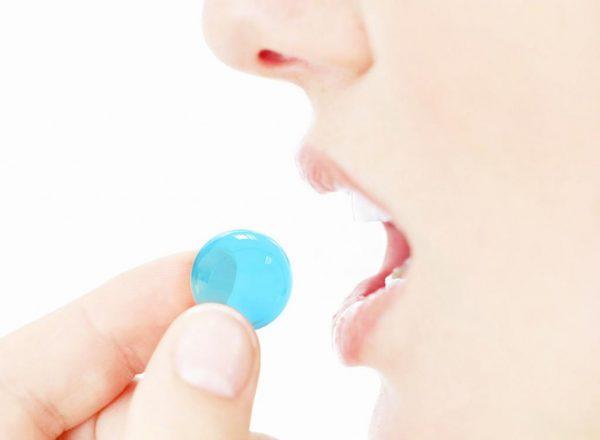 Лечение боли в горле леденцами-не лучший вариант