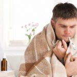 Где правильно лечить простуду: дома или в больнице?