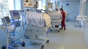 Стало известно, передается ли коронавирус новорожденным детям