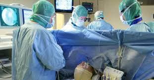 Пациентам могут разрешить пить перед операцией с анестезией
