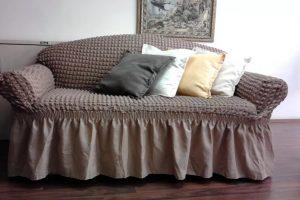 Зачем нужно декорировать старую мебель?