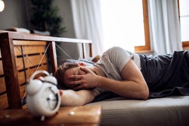 Постоянная нехватка сна делает человека беззащитным перед вирусами
